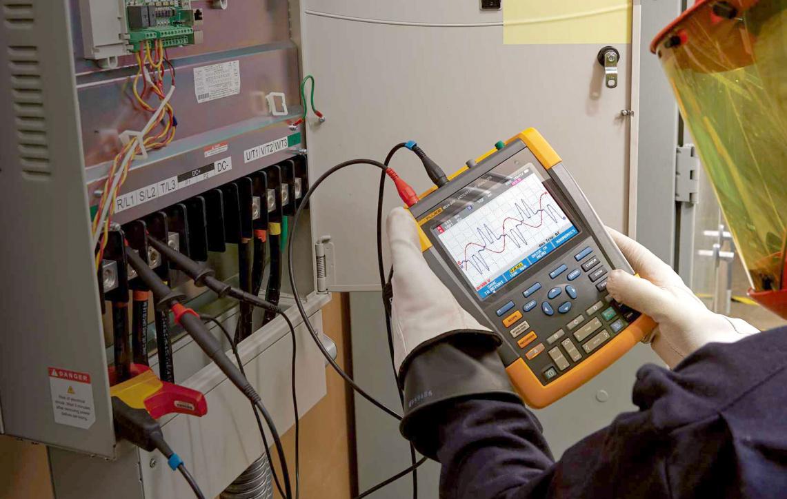 Идеальные портативные анализаторы работы электроприводов от Fluke